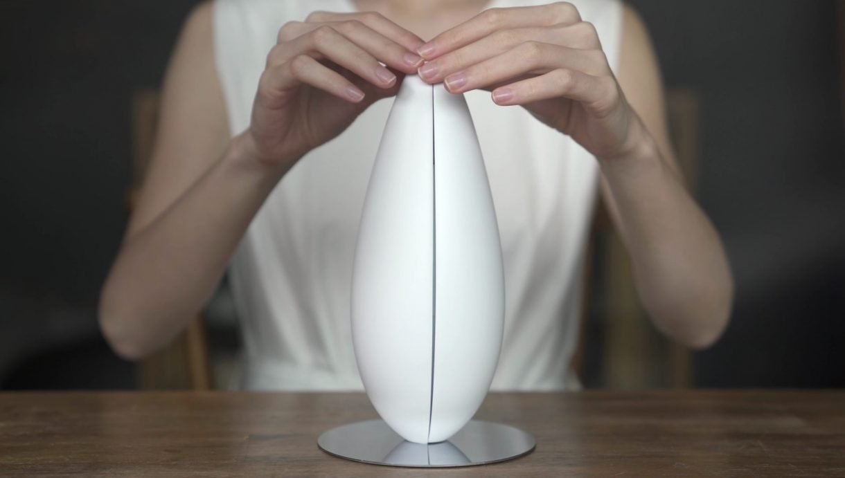 How to use the ultrasonic diffuser?